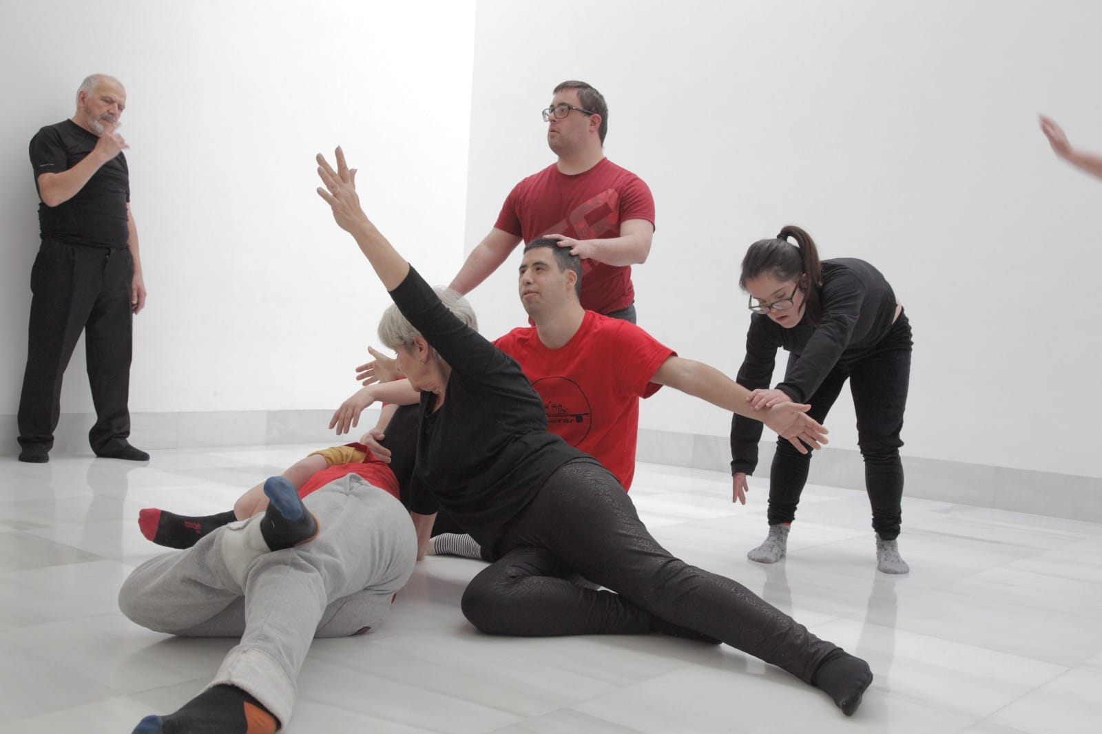 SuperarT Danza-Teatro Contemporaneos